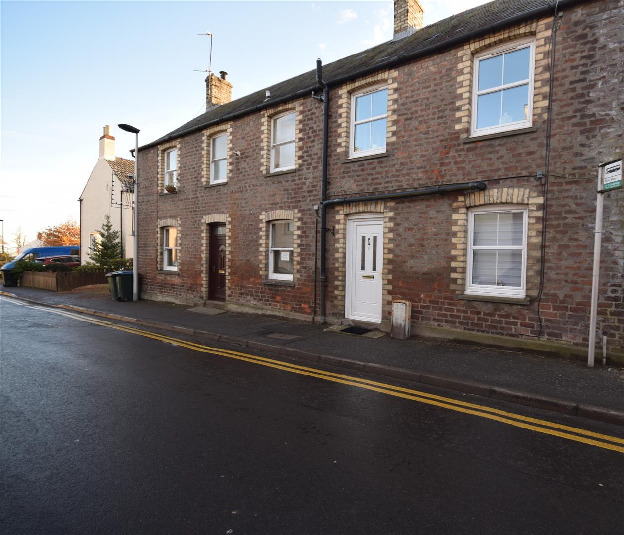 1 Bruce Buildings, High Street, Errol, Perth, Perthshire, PH2 7QJ, UK